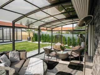 Blick In Die Terrassenüberdachung Corso Premium