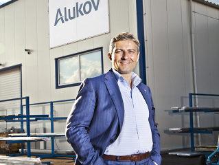 Gesselschaft ALUKOV hat von 2014  das neue logo