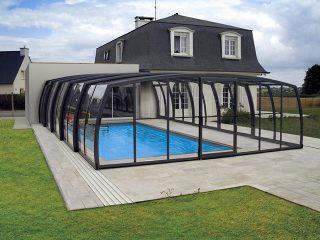 Schwimmbadüberdachung geschlossen  OMEGA™