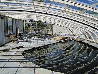 Der Innenblick in Poolüberdachung STYLE™