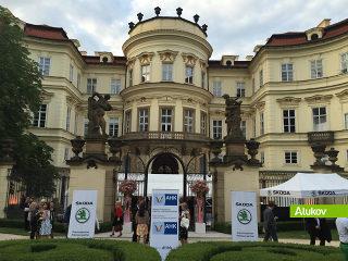 ALUKOV als Partner auf Sommerfest im Garten der Deutschen Botschaft in Prag