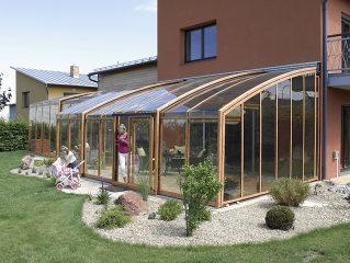 Terrassenüberdachung CORSO Premium im Holzdekor