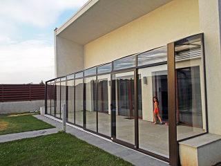 Moderne Auffassung der Terrassenüberdachung von Alukov