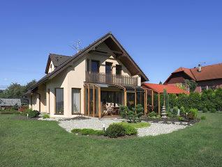 Gemütlicher Raum aus Ihrer Terrasse