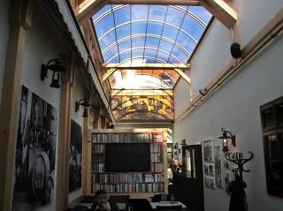 Massgefertigte Dachüberdachung von ALUKOV Schweiz