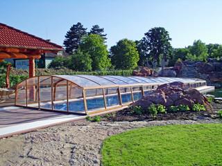 IMPERIA NEO Poolüberdachung in der hohen Ausführung