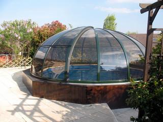 Elegante Lösung für runde Pools ist Überdachung ORIENT