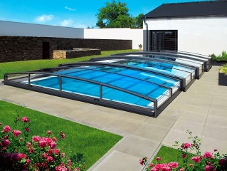Schwimmbadüberdachung Viva.