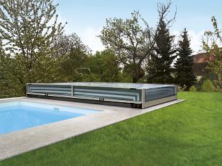 TERRA von ALUKOV ist die niedrigste Poolüberdachung auf dem Markt