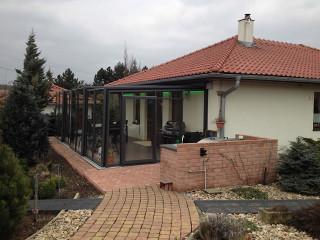 Terrassenüberdachung CORSO Glas von ALUKOV mit kinderleichtem Verschieben jedes Segments