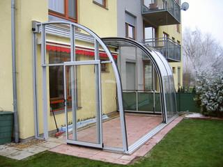 Terrassenüberdachung CORSO Entry mit allen leicht beweglichen Segmenten