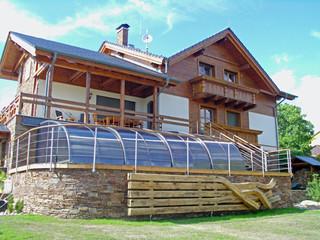 Überdachungen von ALUKOV verfügen über die höchste Qualität und Langlebigkeit