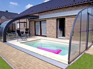Terrassenüberdachung und Poolüberdachung in einem