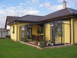 Geräumiges Terrassenüberdachungsmodell CORSO