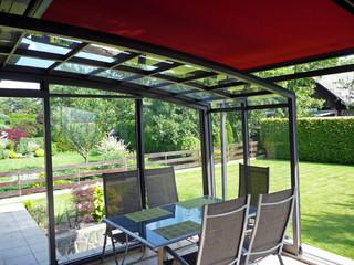 Aufschiebbares und bei jedem Wetter benutzbares Gartenzimmer mit eigener Beschattung von ALUKOV