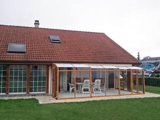 Terrassenüberdachung CORSO perfekt zum Haus gewählt und angepasst
