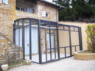 Den Freiplatz bei Ihrem Haus praktisch mit CORSO Schiebeüberdachung auszunutzen