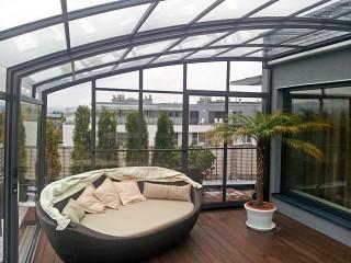 CORSO Premium used as patio enclosure on a public apartment