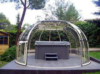 Hot tub enclosure SPA SUNHOUSE in woodlike imitation