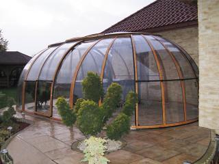 Openable hot tub enclosure SPA SUNHOUSE by Alukov