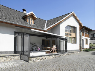 Terrace enclosure CORSO greatly increases thermal isolation of adjacent walls