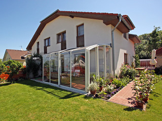 Retractable patio cover CORSO Solid by Alukov 16