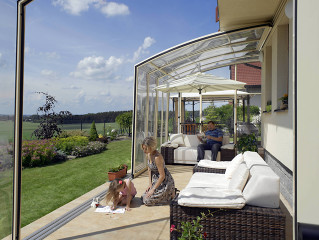 Retractable patio cover CORSO Solid by Alukov 23