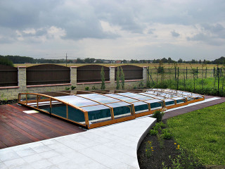 Low pool enclosure CORONA by Alukov a.s.