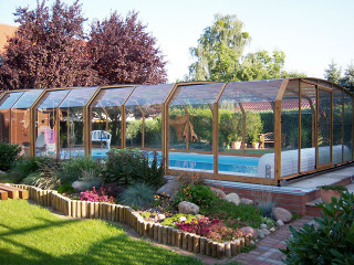 Popular woodlike imitation used on swimming pool enclosure OCEANIC