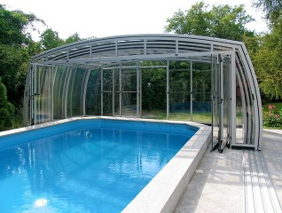 Fully retracted pool enclosure Omega