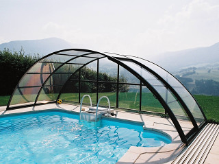 Retractable pool cover UNIVERSE allowes you to use pool even in bad weather