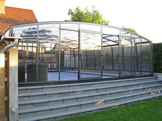 Pool enclosure Venezia - retractable pool cover 04