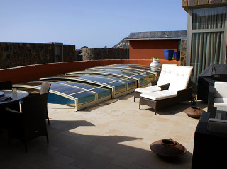 Low swimming pool enclosure VIVA in white
