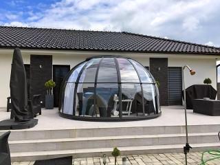 Retracted hot tub enclosure Oasis