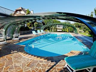 Zastřešení bazénu OLYMPIC™ je jedinečné svým tvarem i funkčností