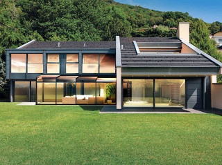 CORSO Ultima je luxusní posuvné zastřešení terasy od firmy Alukov