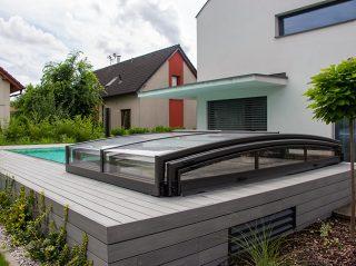 Nízké zastřešení bazénu, model VIVA™ od Alukovu