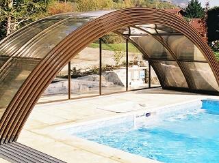 Otevřené posuvné zastřešení bazénu Universe NEO