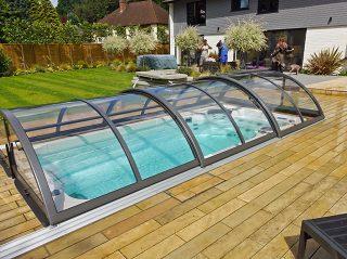 Středně vysoké zastřešení bazénu, model UNIVERSE NEO™