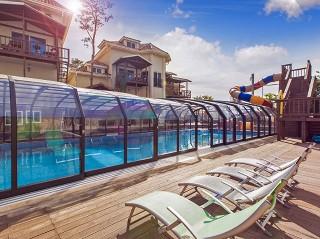 Vysoké zastřešení bazénu Oceanic high na veřejném bazénu