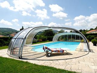 Mimořádný prostor skýtající bazénové zastřešení OLYMPIC™