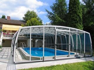 Uzavřené zastřešení bazénu OMEGA
