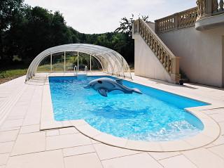 Otevřené posuvné zastřešení bazénu TROPEA od Alukov a.s.