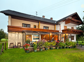 Zastřešení CORSO HORECA pro penzion Urak v Rakouských Alpách