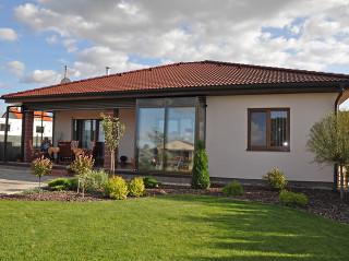 Doplňte svůj dům o další užitečnou místnost - díky zastřešení terasy CORSO