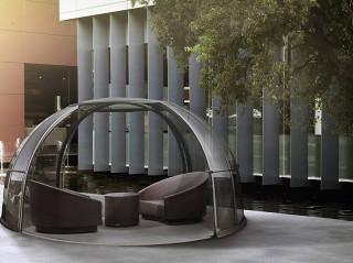 Relaxační místo zakryté zastřešením SPA DOME ORLANDO®