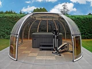 Zastřešení vířivé vany Spa Sunhouse vytvoří Vaši vlastní oázu klidu přímo na Vaší zahradě