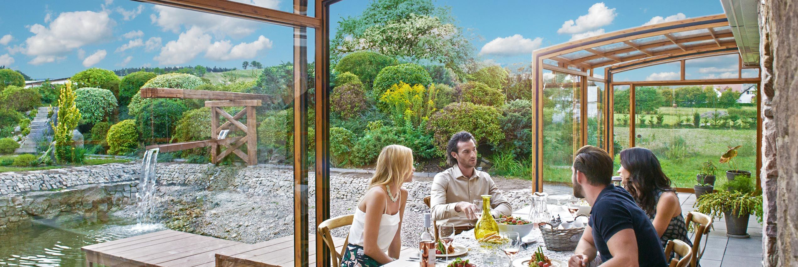 berdachungen f r terrassen und pools von alukov deutschland alukov. Black Bedroom Furniture Sets. Home Design Ideas