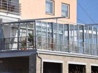 CORSO Glas Schiebeüberdachung für private sowie für öffentliche  Nutzung