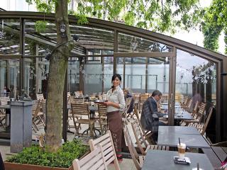 Schiebeüberdachung CORSO für Gastgarten und Terrassen